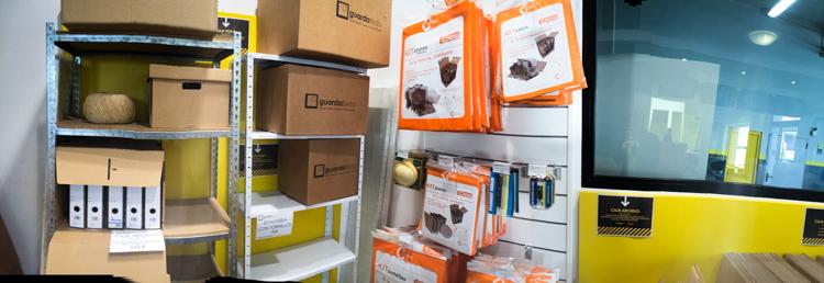 Venta de cajas en zaragoza for Material oficina zaragoza