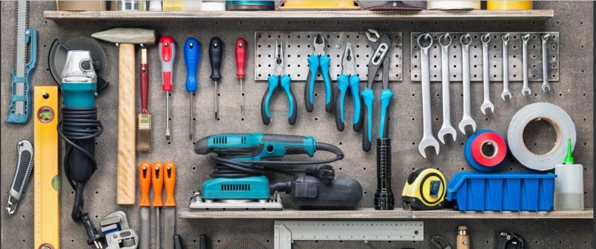 como construir un cuarto de herramientas en un trastero